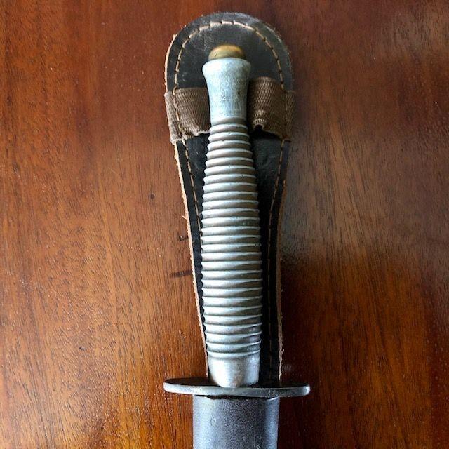 ***New In***WW2 (c1943) 3rd Pattern FS Dagger Pommel Marked '2' and Crossguard 'B2'.