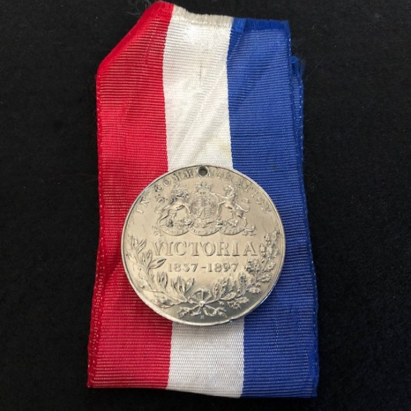 Large Queen Victoria Medal R